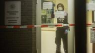 Spurensicherung in der Polizeiwache Rheinhausen in Duisburg.