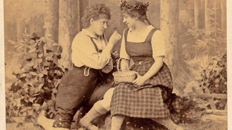 """Erfolg als Segen und Fluch: """"Hänsel und Gretel"""", hier  eine Postkarte aus dem Jahr 1894, wurde zu Humperdincks Markenzeichen."""