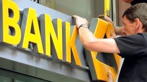 Commerzbank will weniger Stellen streichen als gedacht