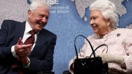 Queen ehrt Naturfilmer Sir Richard Attenborough