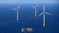 Beim Ausbau von Windenergie auf Nord- und Ostsee ist die planmäßige Leistungs-Obergrenze jetzt schon erreicht worden.