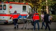 Viele Schüler nach Gasaustritt in Realschule verletzt