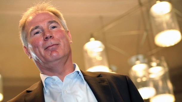 Schwenker will HBL-Präsident werden
