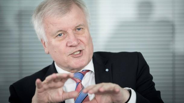 Seehofer will Familienpolitik als Wahlkampfthema