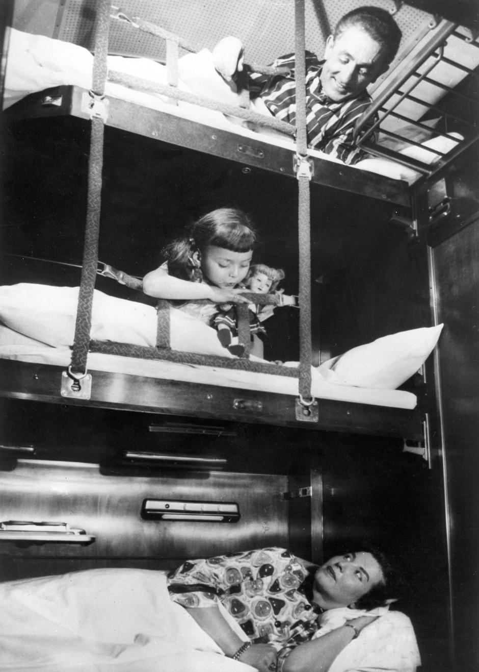 Gute Nacht, Mama: Schlafwagen der Bundesbahn in den 50er-Jahren