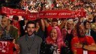 Begeisterte Corbyn-Fans: Delegierte beim Labour-Parteitag am Mittwoch in Liverpool