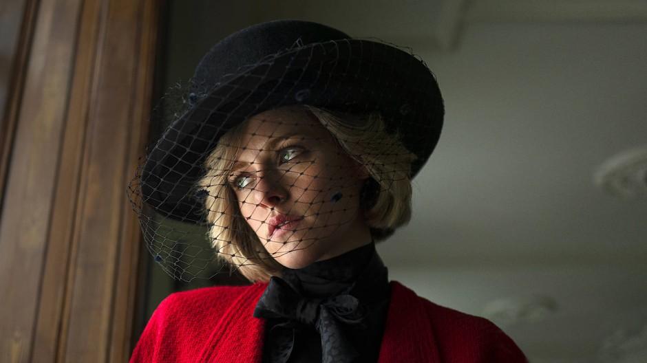 """Kristen Stewart als Lady Di im Film """"Spencer"""""""