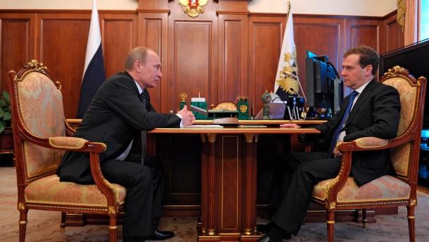 Putin ernennt neue Regierung