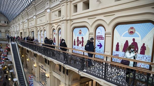 Weniger Neuinfektionen: Moskau lockert Beschränkungen