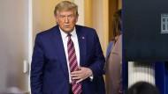 Donald Trump vor einer Pressekonferenz im Weißen Haus am 20. November 2020