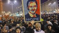 Keine Strafe für korrupte Politiker: Massenproteste in Rumänien