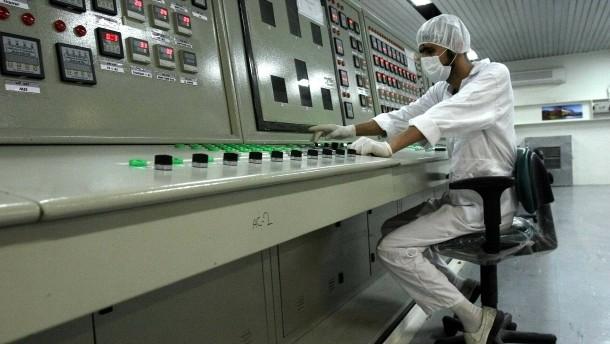 Iran hat fast acht Mal mehr angereichertes Uran als erlaubt