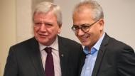 Haben sich in der abgelaufenen Legislaturperiode kennen und schätzen gelernt: Volker Bouffier (links, CDU) und Tarek Al-Wazir  (Die Grünen).