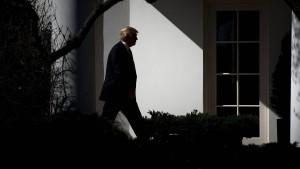 Amerikaner bewerten Trumps Arbeit als verheerend