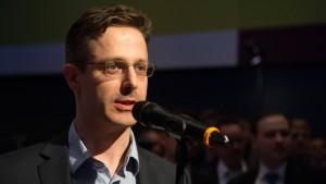 AfD nähert sich fremdenfeindlichem Front National