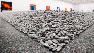 """Politisch geprägte Kunstausstellung """"Life Cycle"""""""
