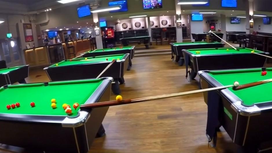 Kettenreaktion mit Snookerkugeln