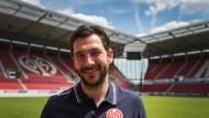 In neuer erstklassiger Umgebung: Sandro Schwarz, Trainer des FSV Mainz 05