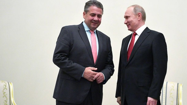 Was besprachen Putin, Schröder und Gabriel?
