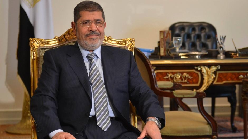 """""""Ausgeglichene Beziehungen"""": Mursi in seinem Amtsitz, aufgenommen am 10. Januar"""