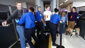 Trump prüft extreme Einreise-Kontrollen