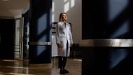 Die Hemmschwelle, Hilfe zu beanspruchen, sei häufig hoch: Christine Reif-Leonhard ist leitende Oberärztin in der Frankfurter Uniklinik.