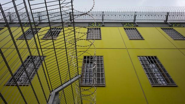 Corona in Schule und Gefängnis