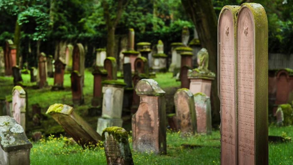 Geschichtsträchtig: Der Alte jüdische Friedhof in Mainz gilt zusammen mit dem Heiligen Sand in Worms als älteste jüdische Ruhestätte Europas.