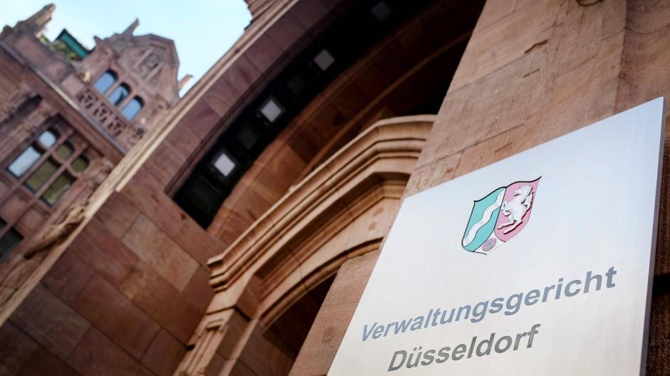 Am Verwaltungsgericht in Düsseldorf waren seit Januar rund 4000 Klagen anhängig.