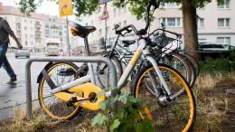 Leihfahrräder von Obike werden abgeschleppt