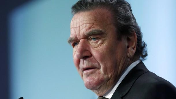 Ukraine für Sanktionen gegen Altkanzler Schröder