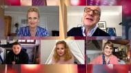 """NDR Talk Show"" am 25. März mit Barbara Schöneberger, Hubertus Meyer-Burckhardt, Tim Mälzer, Theresa Brückner und Jenny Jürgens (v.l.n.r.)"