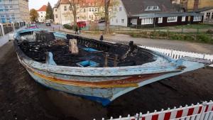 "Wittenberger ""Flüchtlingsboot""-Denkmal in Brand gesteckt"