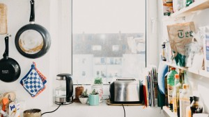 Großverdiener in kleiner Wohnung