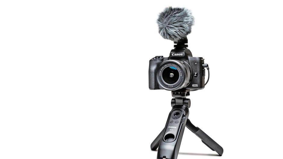 Schussbereit: Canon EOS M50 MkII mit externem Mikrofon