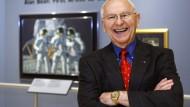 """""""Der einzige Künstler, der eine andere Welt besucht hat"""" - Alan Bean, hier 2008, vermarktete seine Astronauten-Vergangenheit."""
