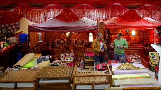 Traditionelles Luxuscamping in der Wüste
