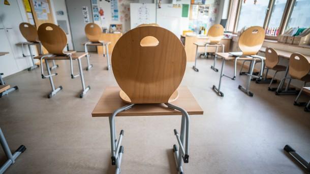 Widerstand gegen tageweise Schulöffnungen kurz vor Ostern