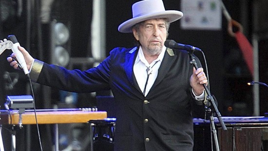 Bob Dylan holt seinen Literatur-Nobelpreis ab