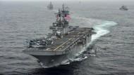 """Die """"USS Boxer"""" habe eine """"verteidigende Maßnahme gegen eine iranische Drohne ergriffen"""", sagte Trump."""