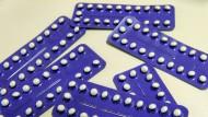 Anti-Baby-Pillen sind sehr zuverlässige Verhütungsmittel, doch die Nebenwirkungen sollten nicht unterschätzt werden.