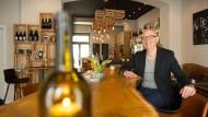 """East Grape"": Ralf Müller-Arnold in seiner Weinbar"