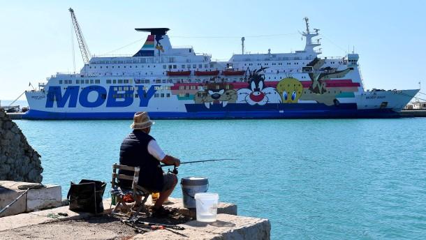 """""""Ocean Viking"""" erreicht Hafen vor Sizilien"""