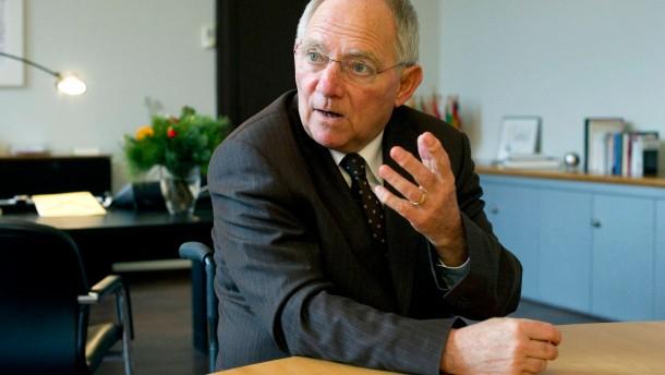 Wolfgang Schäuble - Der Bundesfinanzminister (CDU) in Berlin im Gespräch mit Eckart Lohse
