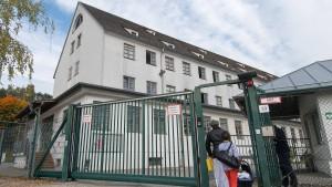 Ankerzentren in Bayern starten