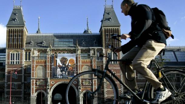 Amsterdam verlangt demnächst drei Euro pro Nacht und Gast