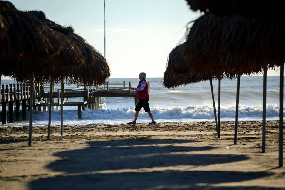 Kein seltenes Bild mehr in der Türkei: Leerer Strand von Belek