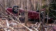 Frau überlebt mehrere Tage in Autowrack