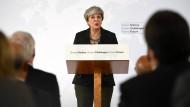 May schlägt Übergangsphase nach Brexit vor