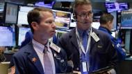 Die Händler an der New Yorker Wall Street verfolgen den Tag mit Skepsis.